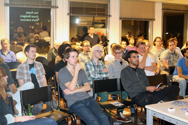 dev-meetup-nl-2013-audience.jpg