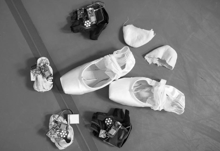 elasticsearch-ballerina-hardware-shoes-gloves-elasticon.jpeg