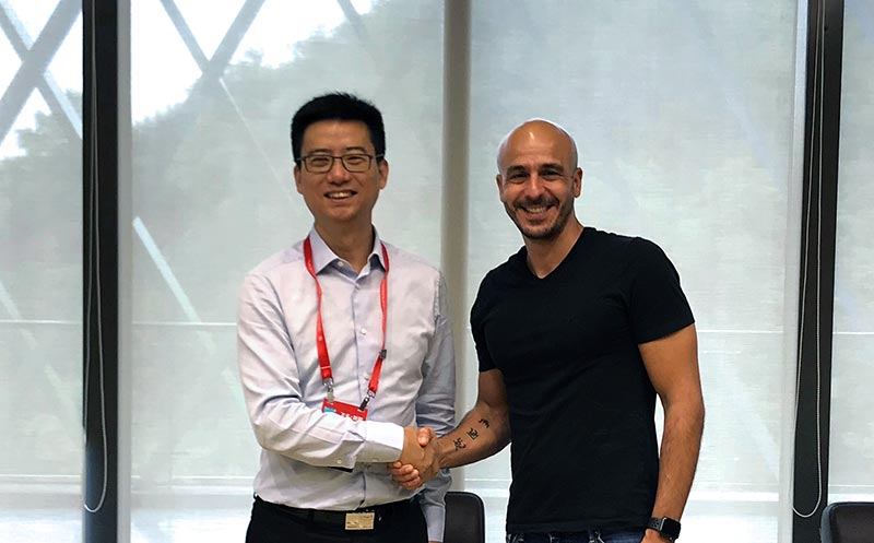 Simon Hu, President of Alibaba Cloud and Shay Banon, CEO of Elastic